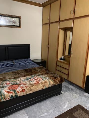 Private room in a secure area near Emporium Mall