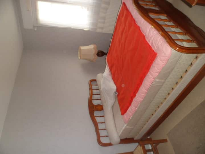 BEDROOM IN A HOUSE in BESANCON for adult exclusive
