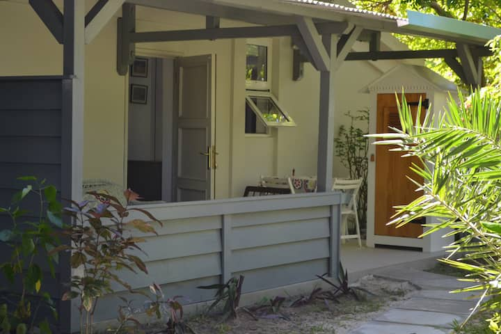 Studio garden side / direct acces to the beach