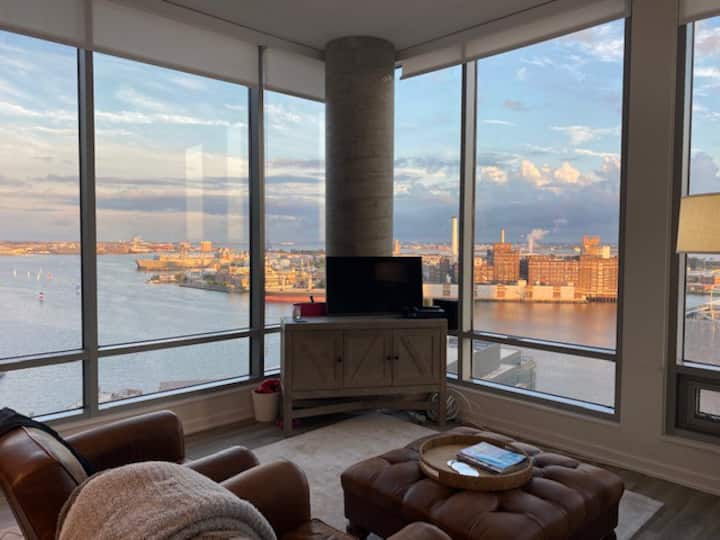 LUX PENTHOUSE with 180 Water views in Harbor East