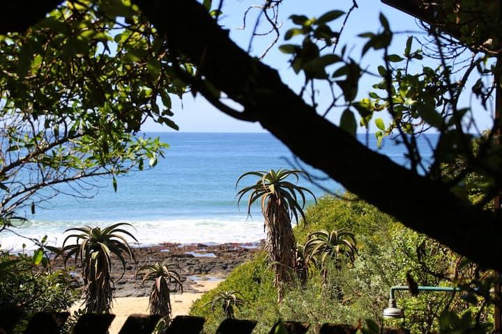 Beach Music - Beachfront Twin/King Bedroom