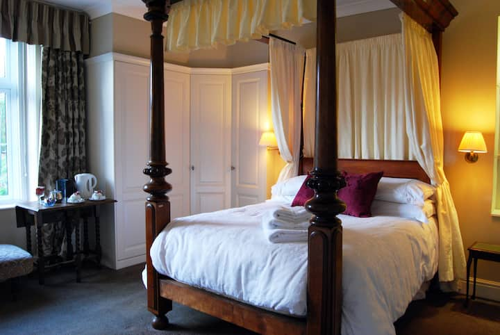 Superior Double w/ Breakfast - Lower Winsford B&B