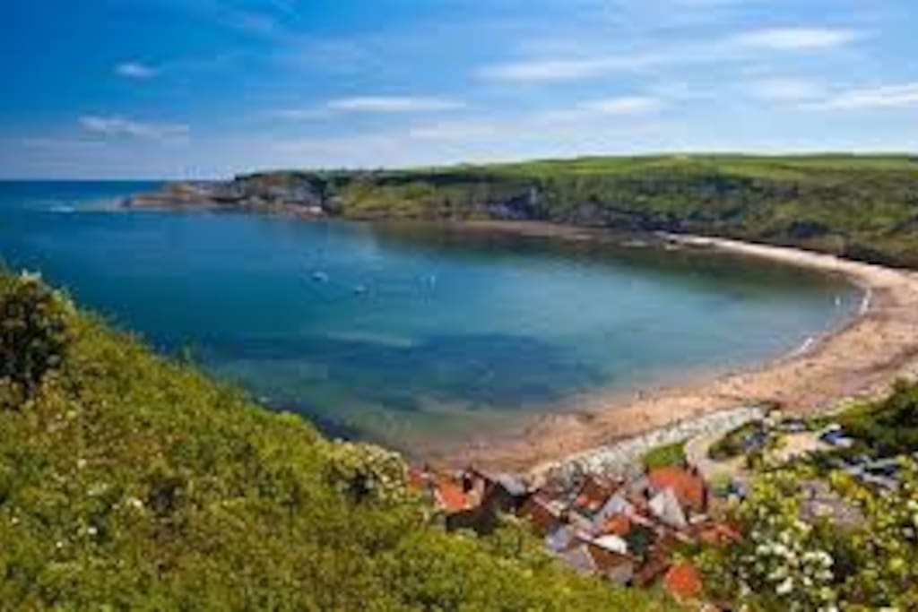 Runswick Bay beach - this view is a couple of minutes' walk from the house. Runswick boasts one of the best bays in the UK