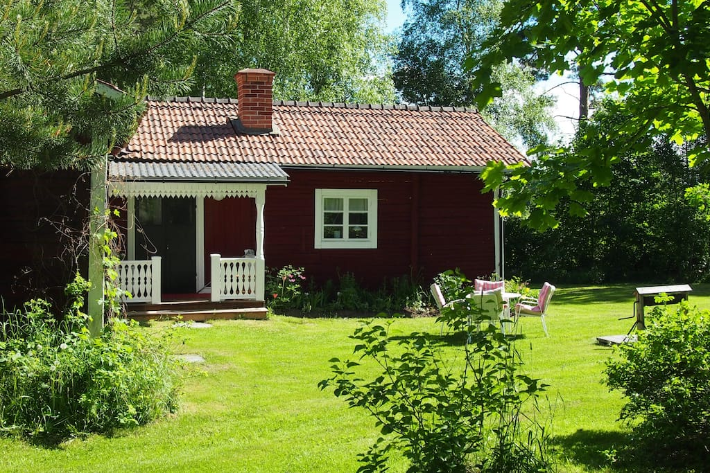 picturesque old cottage h user zur miete in bolln s schweden. Black Bedroom Furniture Sets. Home Design Ideas