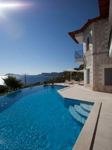 Stone clad villa 200 m from coast - Kas