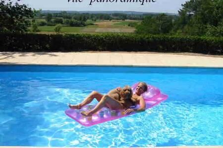 Dordogne VILLA  piscine privée sud, vacances 2017 - Le Fleix - Rumah