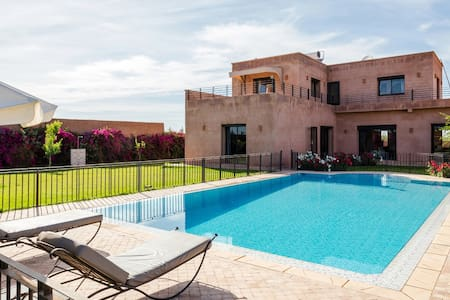 Large family villa in the countryside - Marrakech - Hus