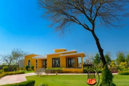Farmhouse Available in Manesar - Gurgaon - Villa