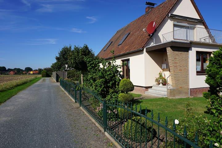 Gemütliche Ferienwohnung Grimmelmann, Eystrup - Eystrup - Apartament
