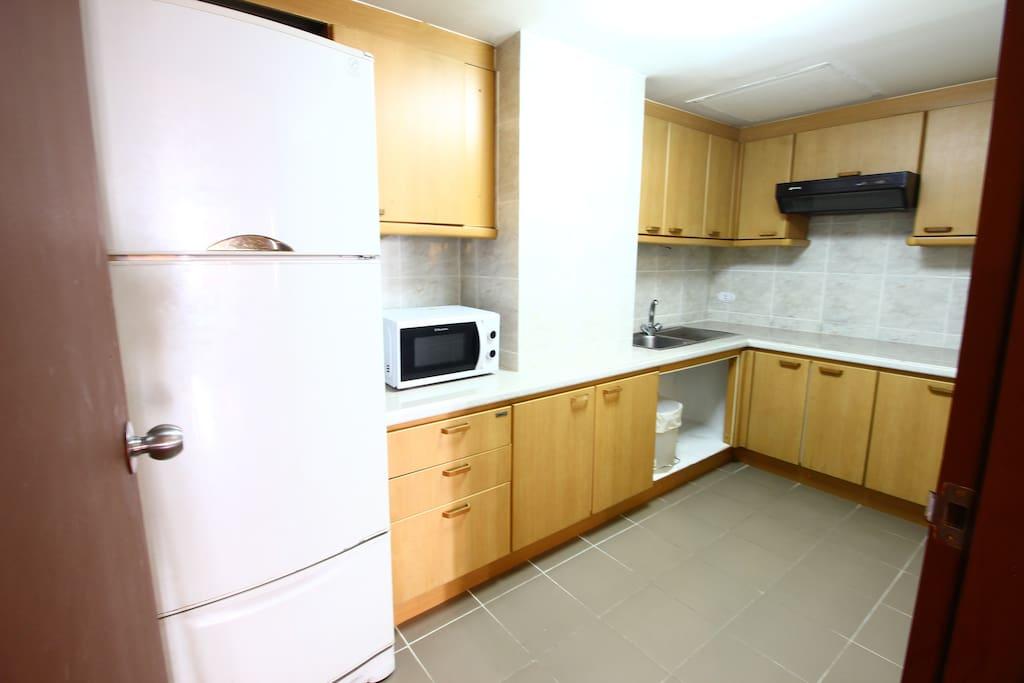 Room Facilities-Kitchen