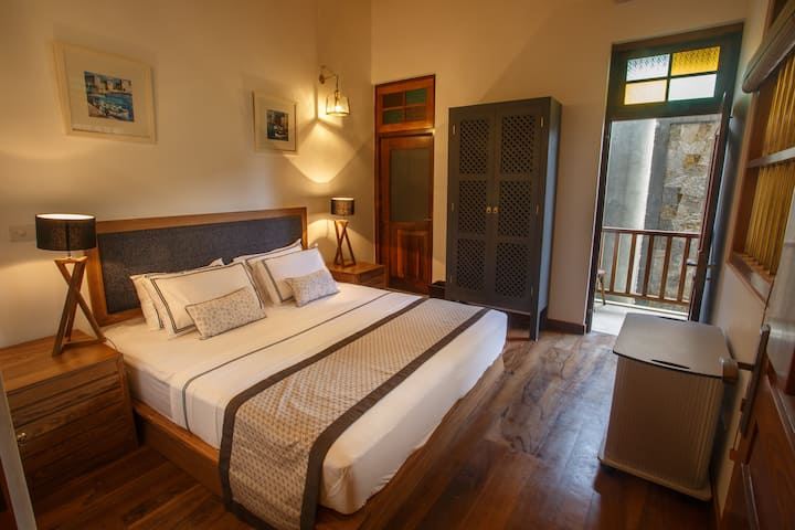 Iffa House Galle Fort - Pearl Mini Suite