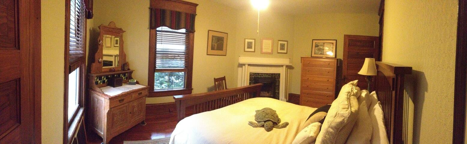 Magnolia House - Brunswick - Bed & Breakfast