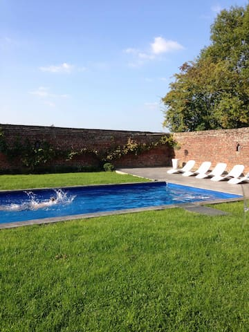 farmhouse renovated near Lille - Saint-Amand-les-Eaux - Casa