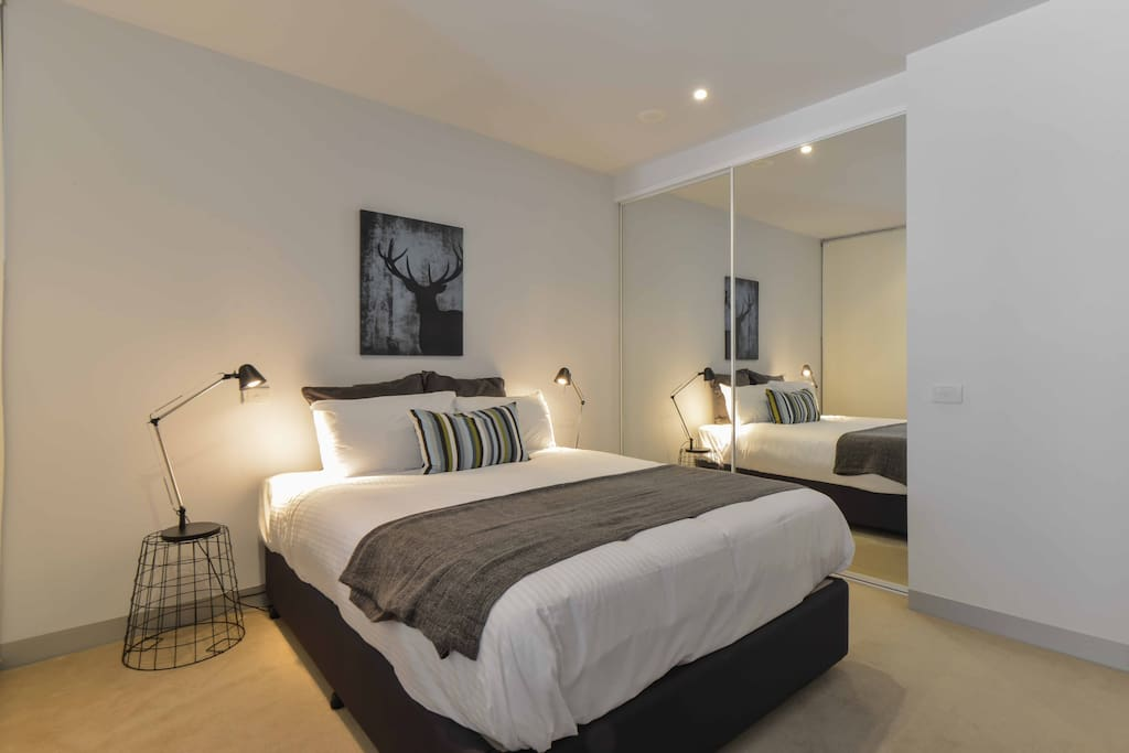 melb cbd 1 bedroom deluxe apt apartments for rent in melbourne
