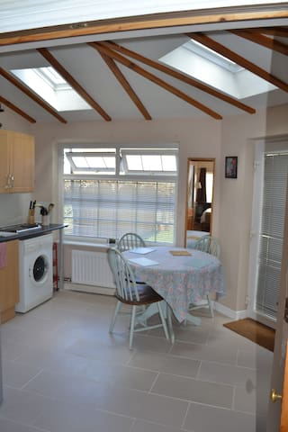 Gorgeous self contained apartment - Sutton Courtenay - Appartement