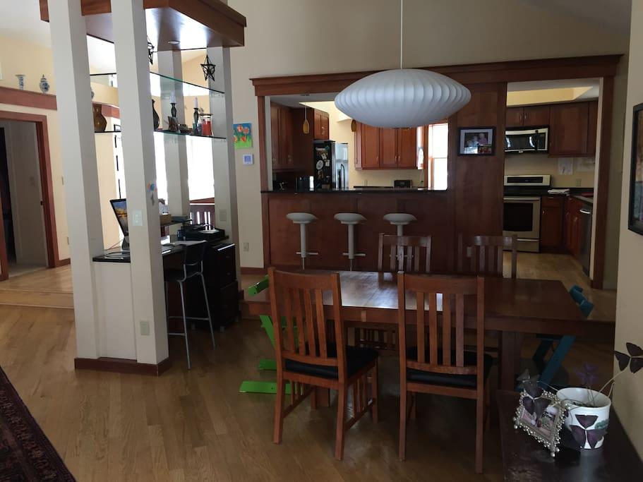 Dining Area, Upper Floor