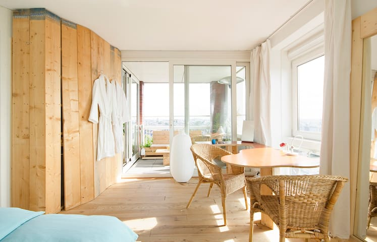 Magnificent panoramic city view - Amsterdam - Bed & Breakfast