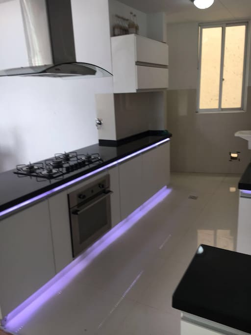 American style kitchen, fully equipet with a very nice atmosphere and outstading views. you will enjoy your time in cochabamba with this elegant apartment with jacuzzi fully built in music speakers were you will relax.
