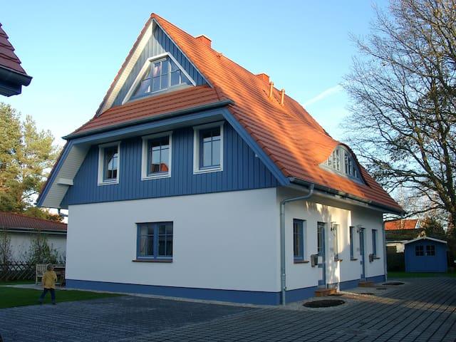Zingst-familienfreundlich & zentral - Zingst - Huis