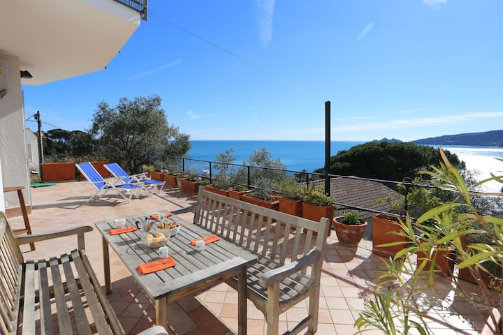 Azzurro Giuliana - Panoramic view with A.C. & WiFi - Rapallo - Appartement