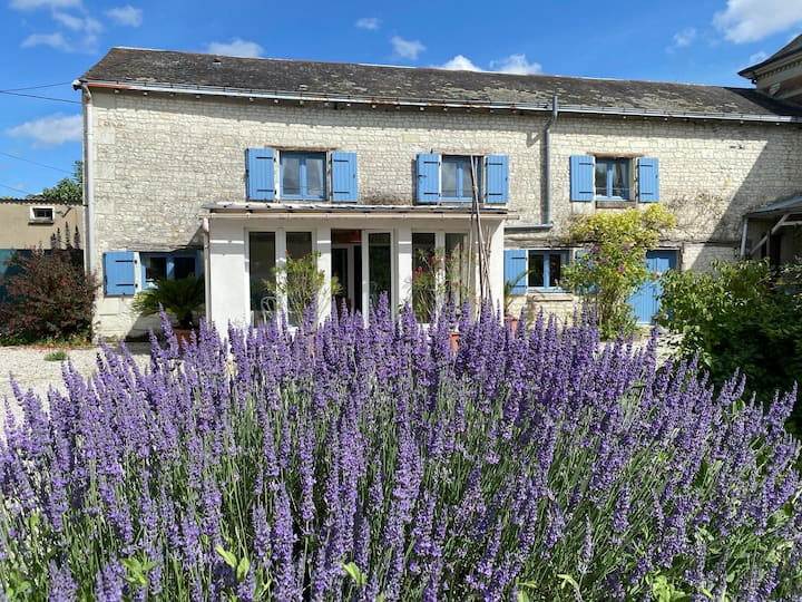 Loire Valley luxury gite heated pool & hot tub