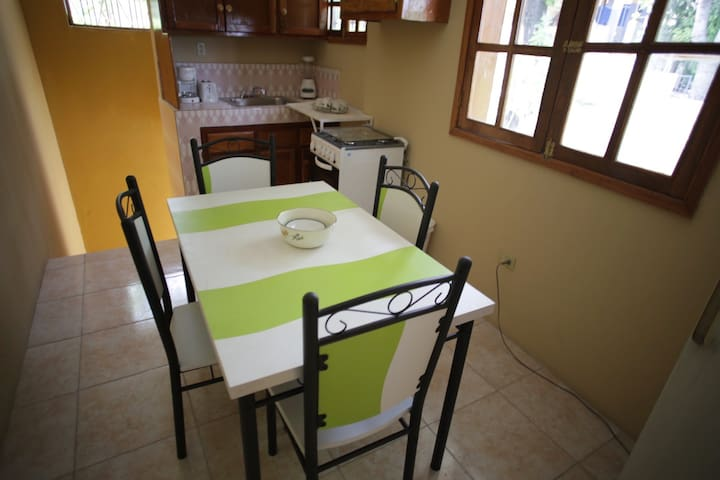 2-Bedroom Apartment Haitian Delight - Port-au-Prince - Apartamento