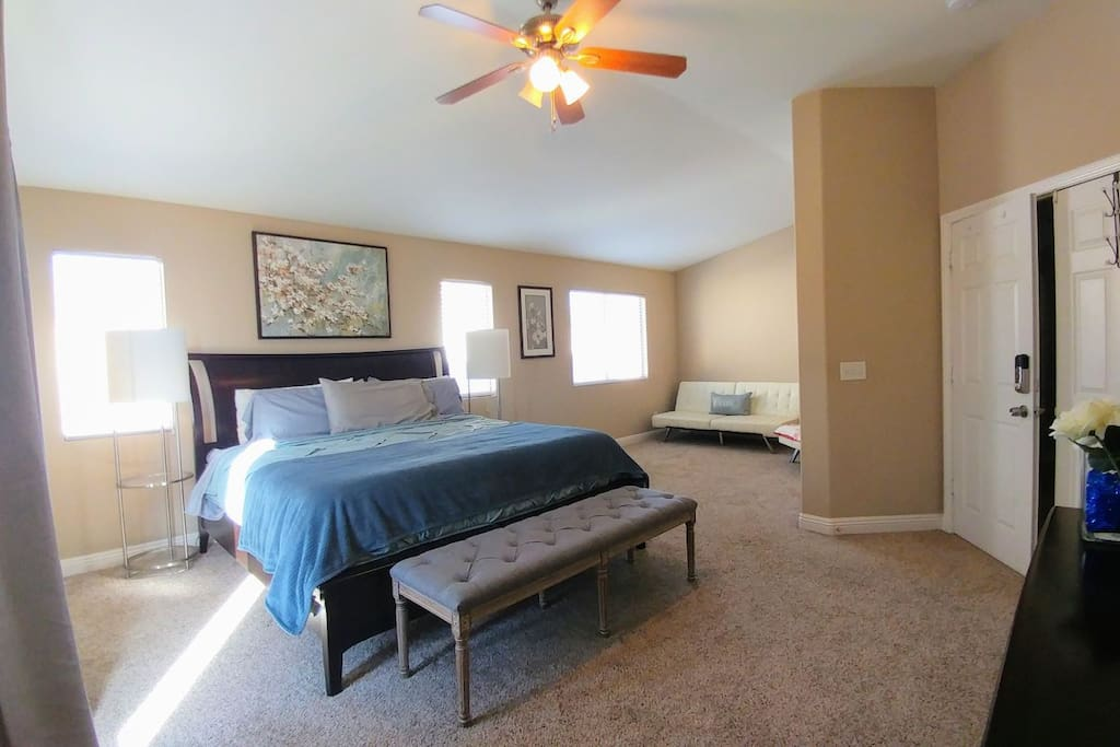 Spacious Clean Master Suite Private Bath Balcony Houses For Rent In North Las Vegas Nevada