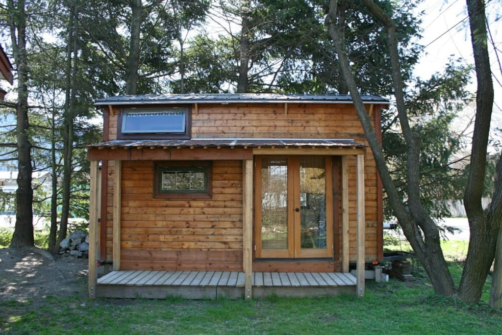 Squamish Tiny Home For Rent