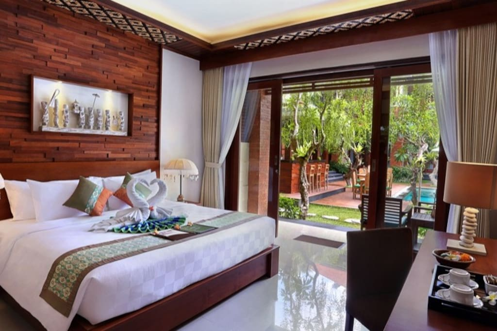 Guest Room Super Deluxe on the Ground Floor with open shower and seperate bath tub