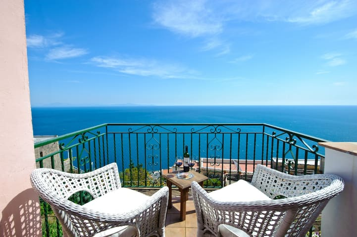 Casale Fralisa - Wonderful terrace and seaview