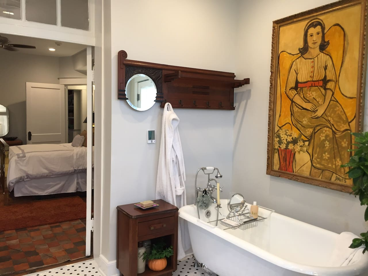 Private in-room bathroom with clawfoot tub