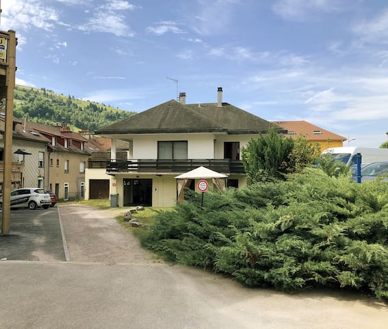 Appartement avec garage centre ville La Bresse