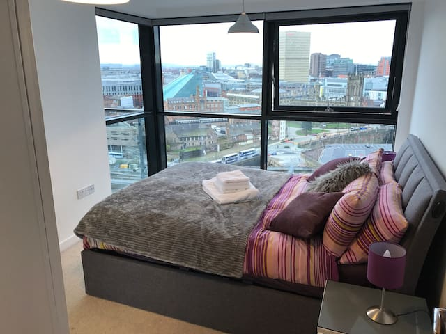 Central Apartment - AMAZING views! - Manchester - Appartement
