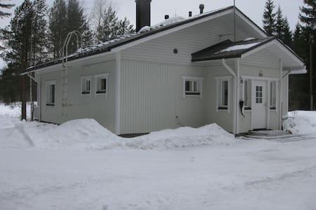 Private house during Biathlon World Cup 5.-12.3 - Kontiolahti - Maison