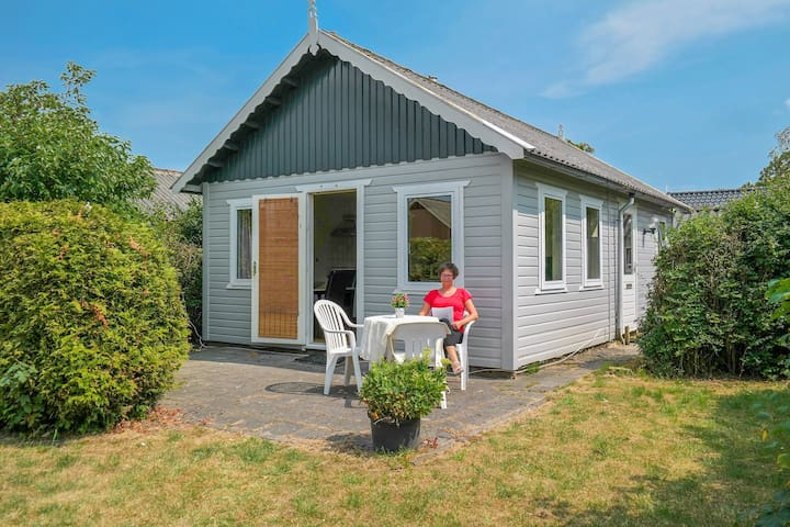 Small holiday house near the sea Lauwersmeer