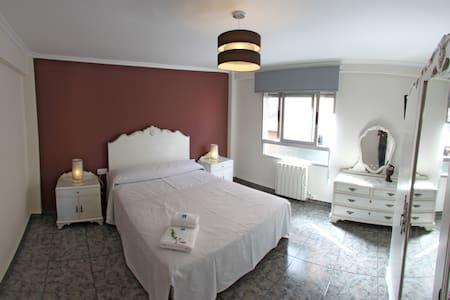 Apartamento El Mirlo Blanco - Villena - Pis