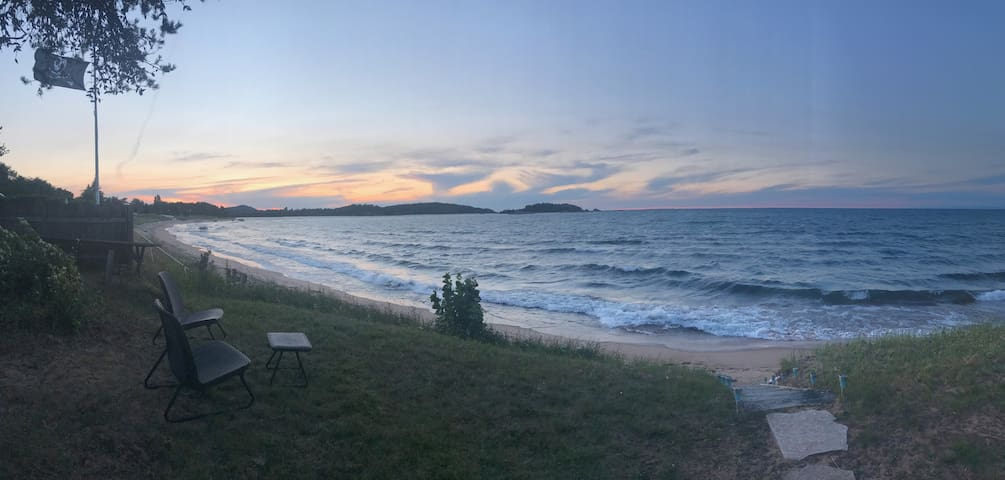 Lake Superior Beachfront Retreat