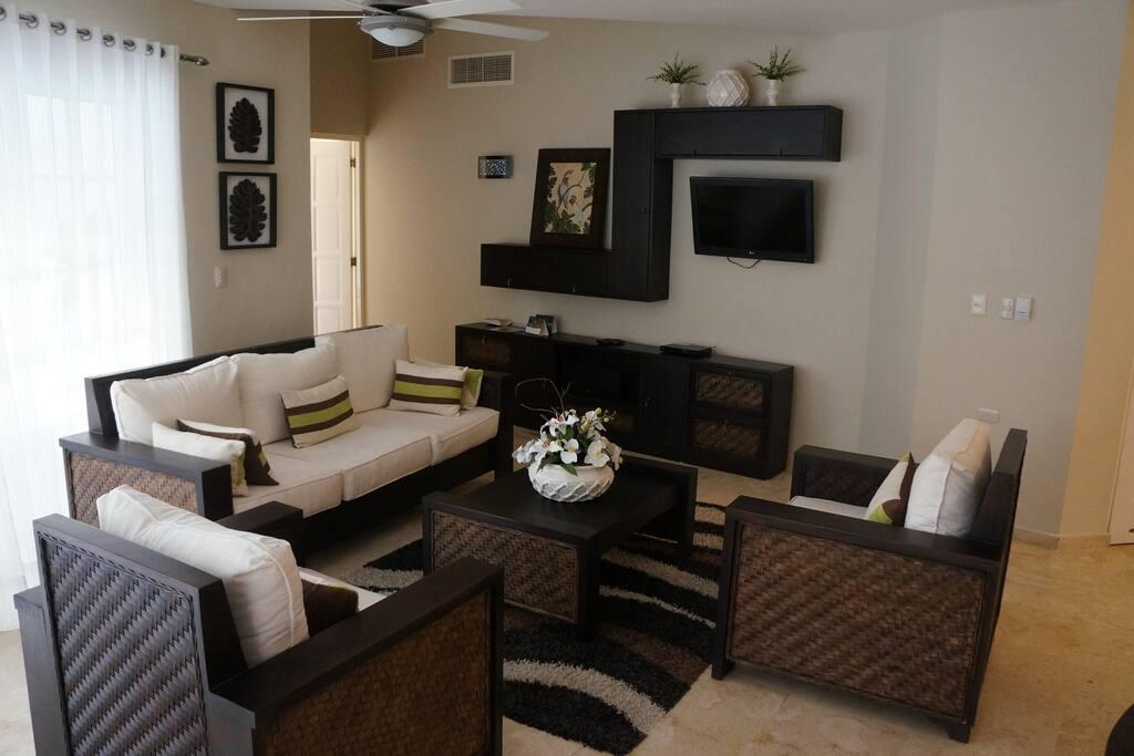 3 Bdrm Living Room
