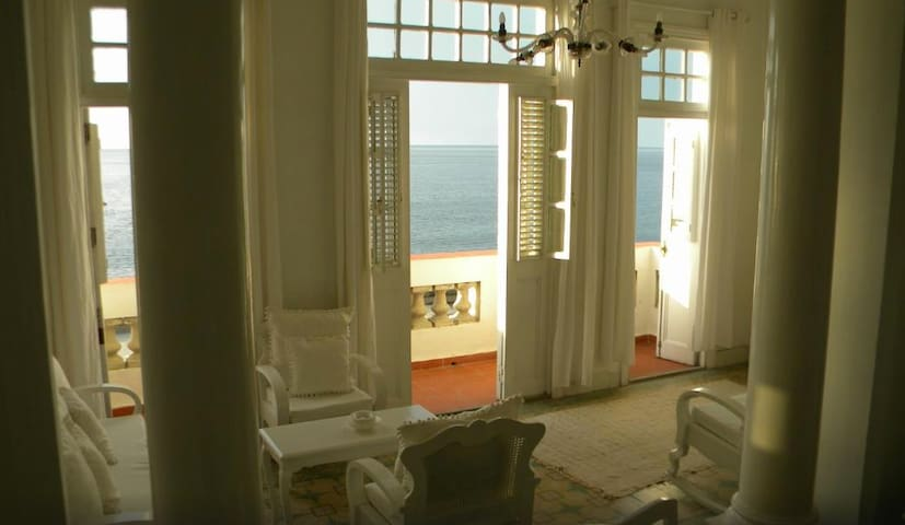 Magical B & B by the Sea Havana