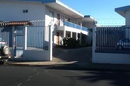 Vacation Rental in San Ramon - サンラモン - アパート