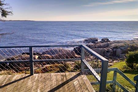 Quintessential Maine Oceanfront! - Biddeford - 独立屋