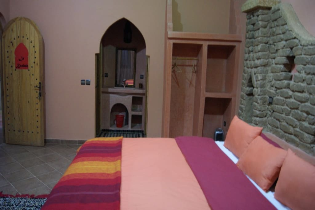 Room Kasbah Extra Long Bed 2 meters