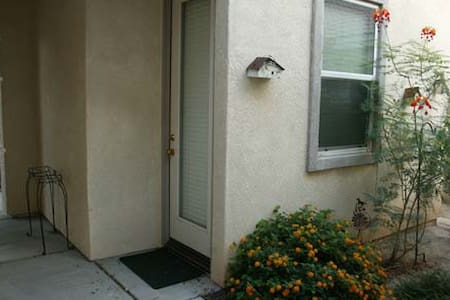 Casita for Rent in Indian Palms CC