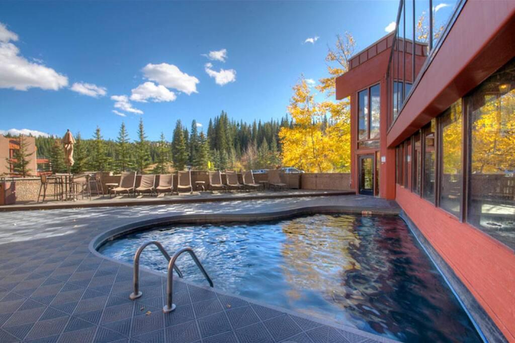 Beaver Run Resort Pool