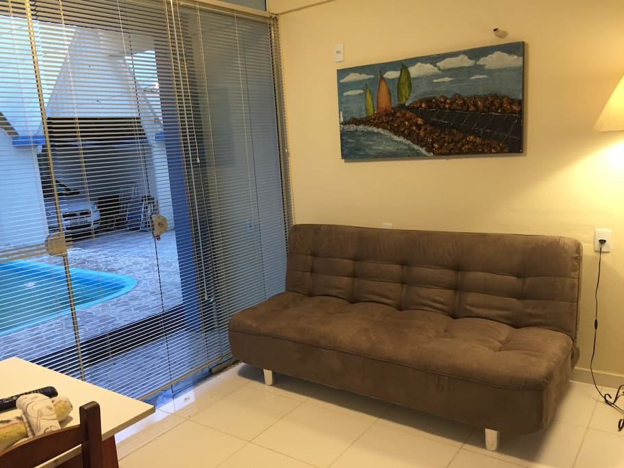 Apartamento Térreo c/piscina 100m da praia e vista p/piscina