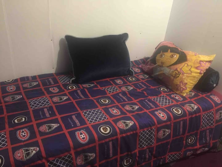 Comfortable 5 private room & kitchen & Bathroom