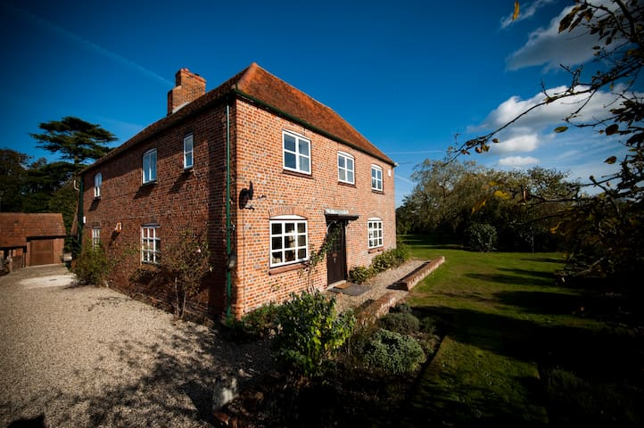 Home Farmhouse, Berkshire - West Berkshire - Haus