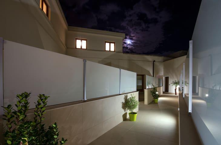Residence Rapisardi - appartamento con due camere - Catania - Appartement