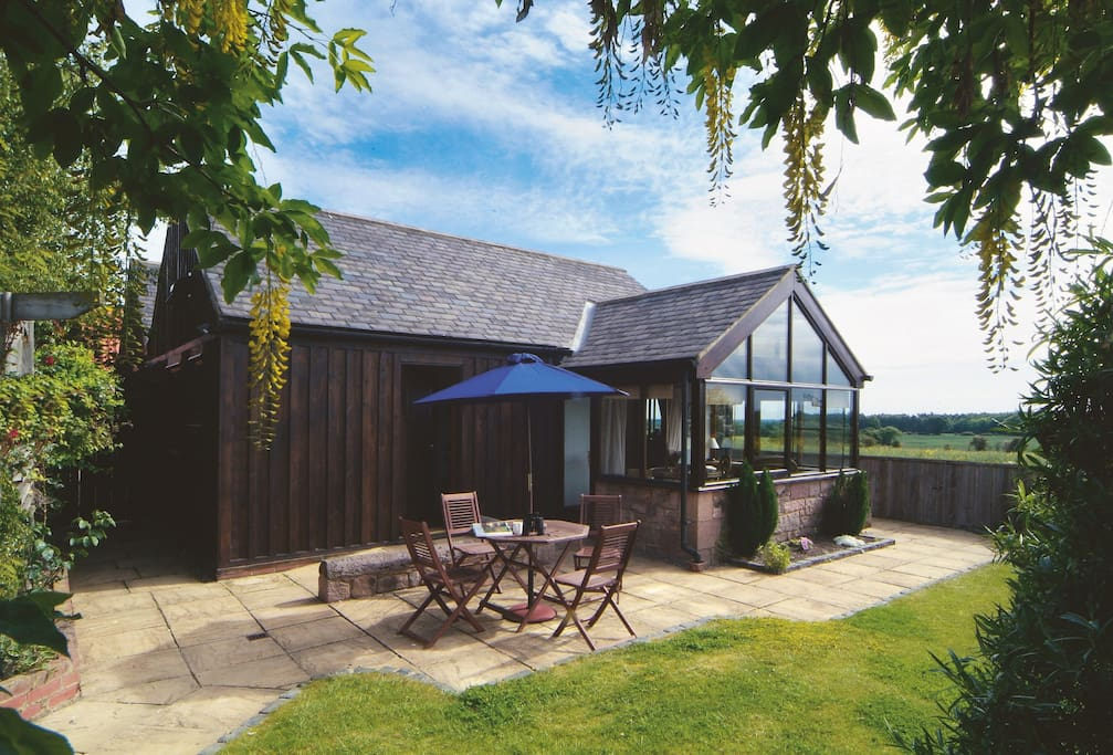 Barn Cottage, set in a tranquil location, with accommodation for 4 guests just outside Ellingham in Northumberland