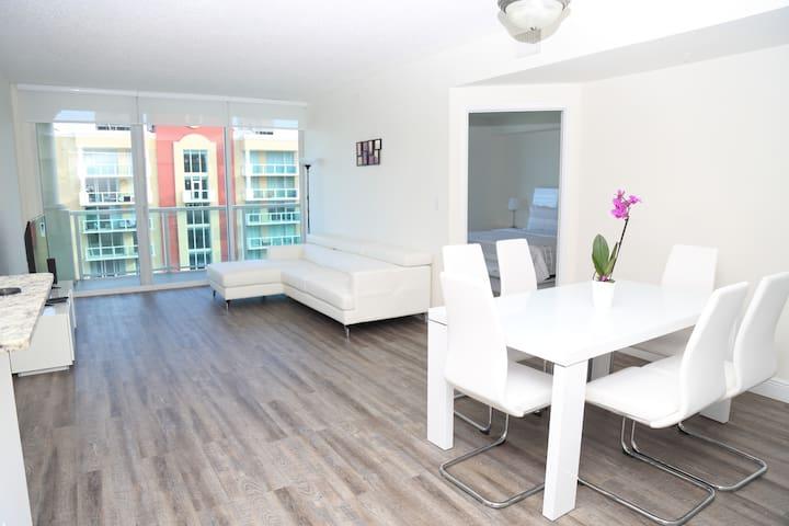 Beach apartment Sunny Isles Beach